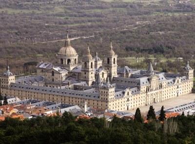 Real Sitio de San Lorenzo de El Escorial, Gesamtansicht, Farbphotographie, Hans Peter Schaefer,  Bildquelle: Wikimedia Commons, http://commons.wikimedia.org/wiki/File:El_escorial.jpg