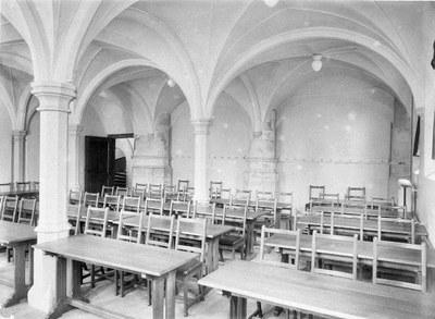 Vaulted chamber, Leiden University Library IMG