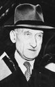 Robert Schuman (1886–1963), Schwarz-weiß-Photographie, 1949, Photograph unbekannt; Bildquelle: Deutsches Bundesarchiv (German Federal Archive), Bild 183-19000-2453, online: http://www.bild.bundesarchiv.de/archives/barchpic/search/_1326882872/?search%5Bform%5D%5BSIGNATUR%5D=Bild+183-19000-2453, Creative Commons Attribution ShareAlike 3.0 Germany.