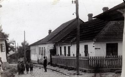 Jüdische Gemeindeeinrichtungen in Chotin 1930 IMG